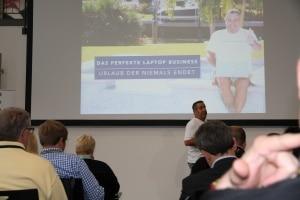Ralf Schmitz mit dem perfekten Laptopbusiness