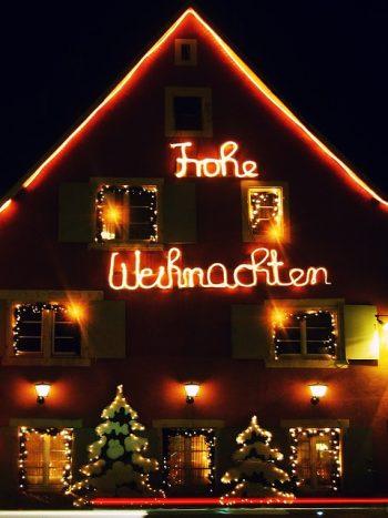 Frohe Weihnachten wünscht Ulrike Giller